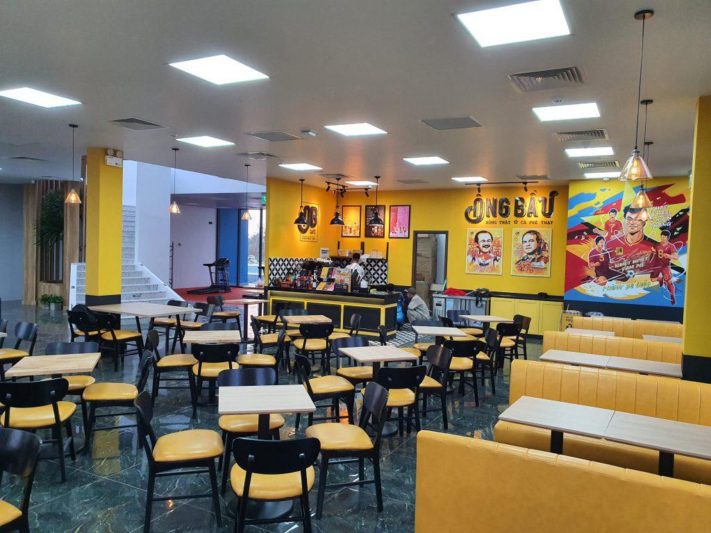 Không gian quán Cafe ông Bầu
